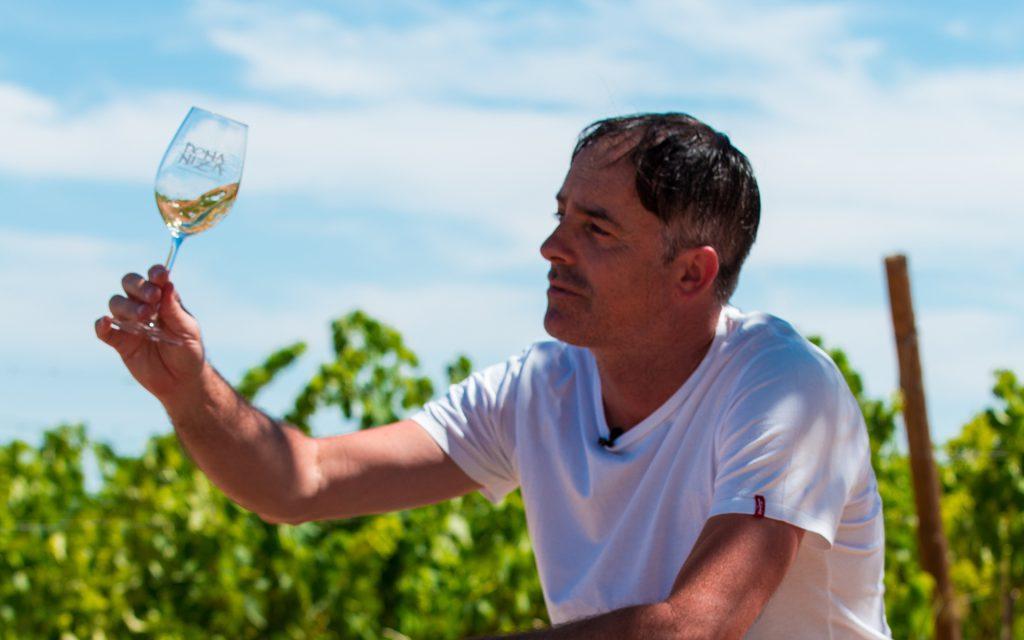 Breaking Tradition – Dona Niza Wines
